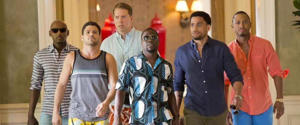 "PHOTO:Zeke (Romany Malco), Bennett (Gary Owen) , Michael (Terrence J), Jeremy (Jerry Ferrara), Zeke (Romany Malco) and Dominic (Michael Ealy) walk down the hallway of Caesars Palace in Screen Gems ""Think Like a Man Too."""