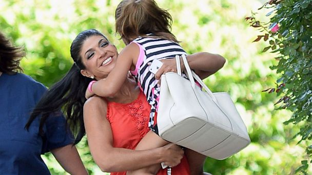 INF teresa guidice smiling with daughter thg 130801 16x9 608 Teresa Giudice Smiles With Daughter (Photo)