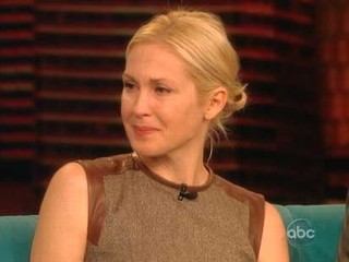 Kelly Rutherford Breaks Down Over Custody Battle