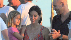 OCTOBER 16: Coco Arquette (L) and Courteney Co