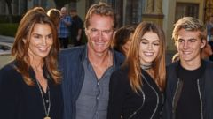 Cindy Crawford Spends the Evening With Her Family