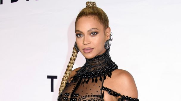 PHOTO: Beyonce attends the TIDAL X: 1015 red carpet at the Barclay Center in New York, Oct. 15, 2016.