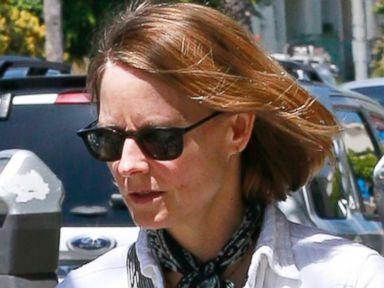 Jodie Foster Sports Wedding Ring