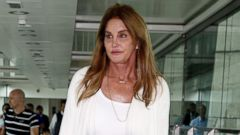 PHOTO: Caitlyn Jenner Dresses Down for a Flight