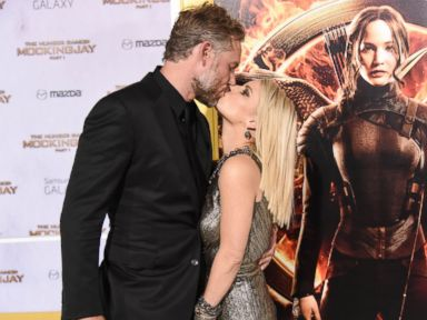 Jessica Simpson Smooches Her Husband, Eric Johnson
