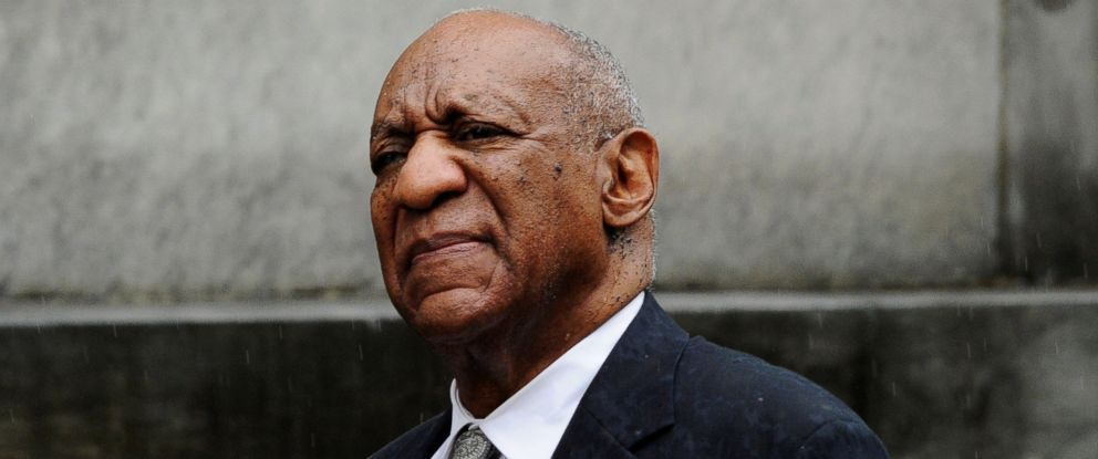 PHOTO: Bill Cosby departs after a judge declared a mistrial in his sexual assault trial at the Montgomery County Courthouse in Norristown, Pa., June 17, 2017.