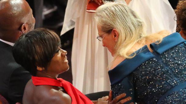 PHOTO: Actresses Viola Davis and Meryl Streep talk at the 89th Academy Awards, Feb. 26, 2017.