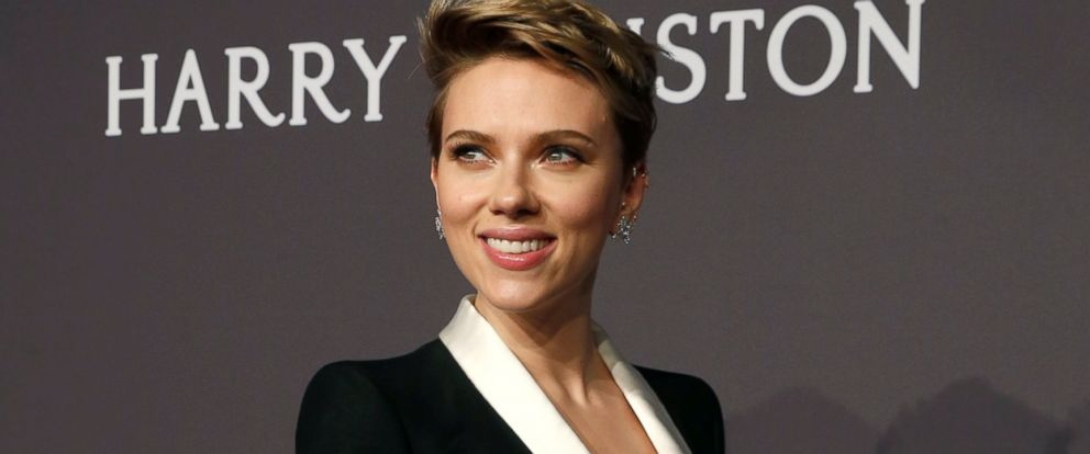 PHOTO: Scarlett Johansson arrives for Amfar??s Annual Fashion Week New York Gala in New York City, Feb. 8, 2017.