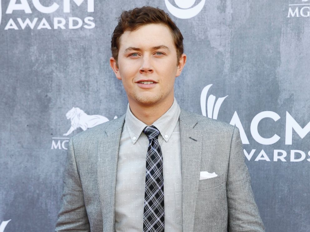 PHOTO: Country music singer Scotty McCreery arrives at the 49th Annual Academy of Country Music Awards in Las Vegas, Nevada April 6, 2014.