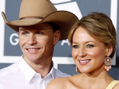 Jewel and Husband Ty Murray Divorcing