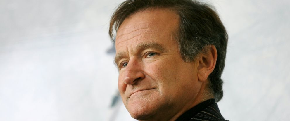 PHOTO: U.S. actor Robin Williams poses for photographers during a photo call in Rome in this Nov. 15, 2005, file photo.