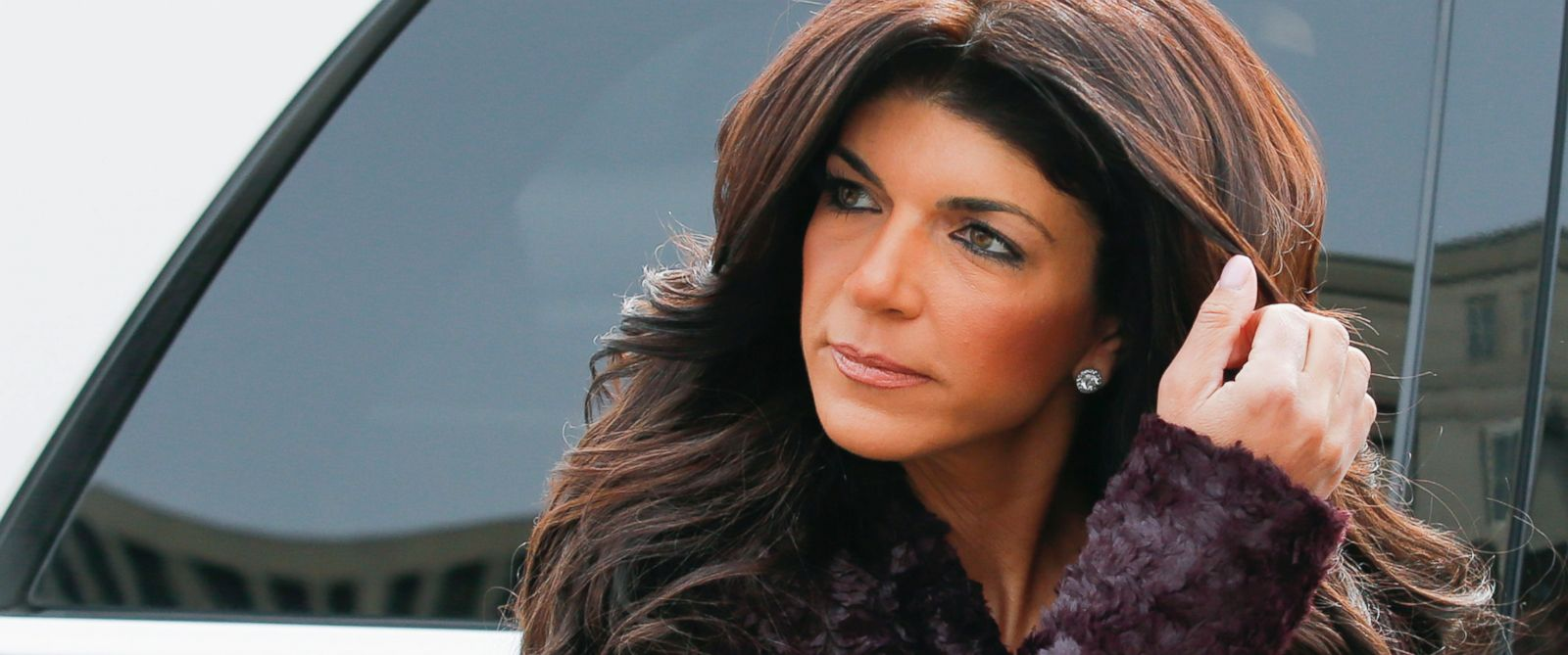 PHOTO: Teresa Giudice arrived at the Federal Court in Newark, N.J., March 4, 2014.