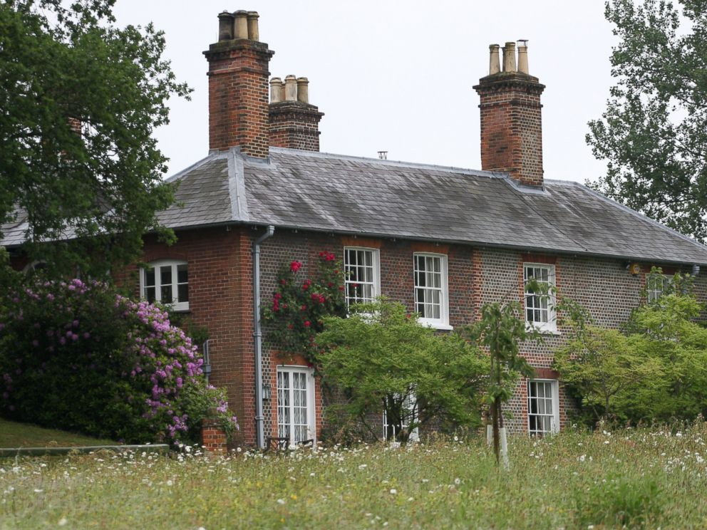 PHOTO: Bucklebury Manor, owned by Michael and Carole Middleton, is seen here.