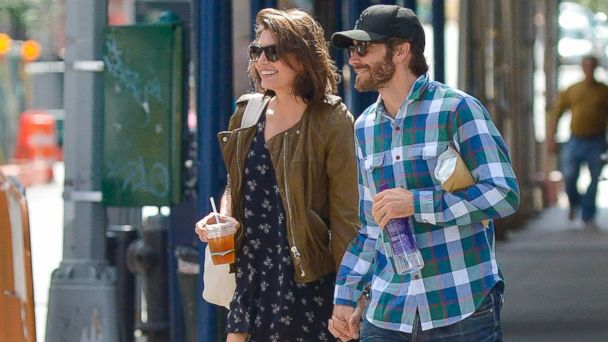 SPL Jake Gyllenhaal Alyssa Miller sr 131031 16x9 608 What Practical Skill Did Jake Gyllenhaal Teach Girlfriend Alyssa Miller?