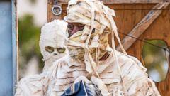 Morgan Freeman Gets Mummified