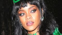 Rihanna Goes Green From Head to Toe