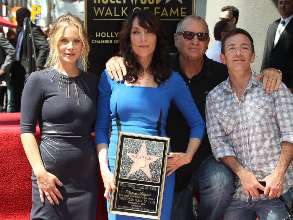 PHOTO: Katey Sagal, center, at her Hollywood Walk of Fame star ceremony, is seen with Christina Applegate, left, Ed ONeill and David Faustino in Hollywood, Calif., Sep. 9, 2014.