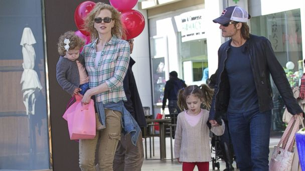 WN urban kidman ml 131024 16x9 608 Keith Urban Shares What His Daughters Are Really Like