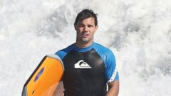 PHOTO: Taylor Lautner Catches a Wave