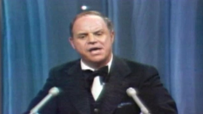 VIDEO: Smoke gets in Don Rickles eyes during roast for Jerry Lewis.