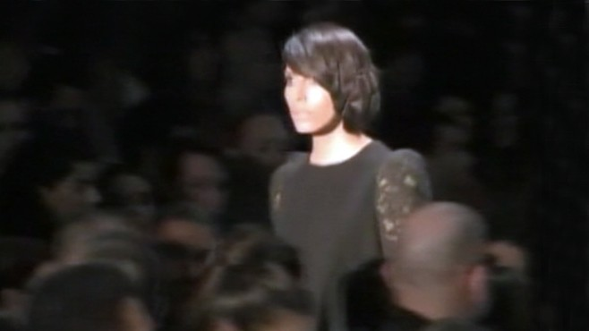 VIDEO: Lea T closes Alexandre Herchcovitch's show at Sao Paolo Fashion Week.