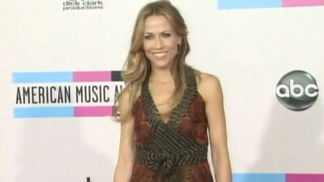 VIDEO: Sheryl Crow Has Benign Brain Tumor