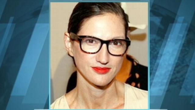 VIDEO: Jenna Lyons is reportedly getting divorced and involved with a woman.