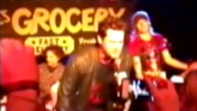 VIDEO: Jim Carey Sings Smashing Pumpkins at NYC Club