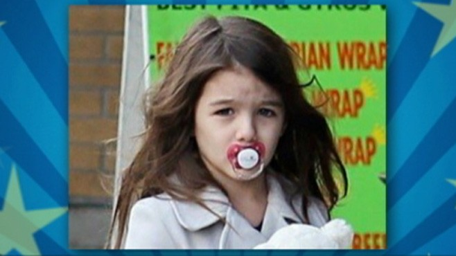 VIDEO: Photo of Tom Cruise and Katie Holmes 5-year-old daughter sparks debate.