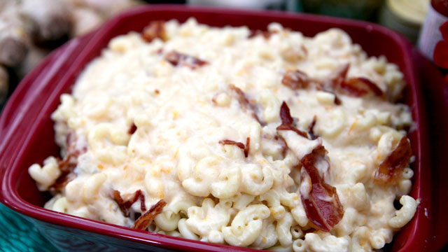 Anne Burrell 39 S Killer Mac Cheese With Bacon Recipe