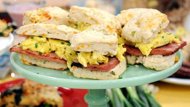 PHOTO: Buttermilk-Scallion Biscuits with Eggs and Griddled Ham