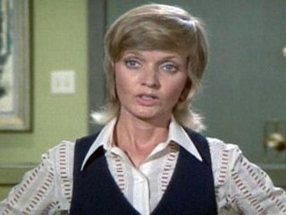 Photos: Top 7 Carol Brady Hairstyles, Mullet to Flip