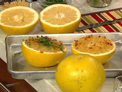PHOTO: Daphne Ozs broiled grapefruit is shown here.