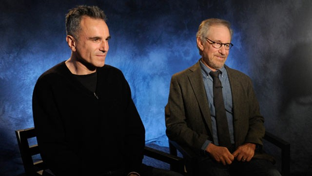 PHOTO: Diane Sawyer speaks to legendary director Steven Spielberg and two-time Academy Award-winning actor Daniel Day Lewis about the highly anticipated movie