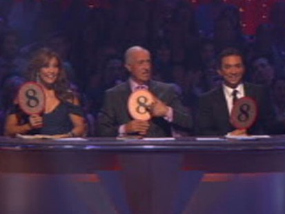 VIDEO: Sarah Palin Not Booed on DWTS