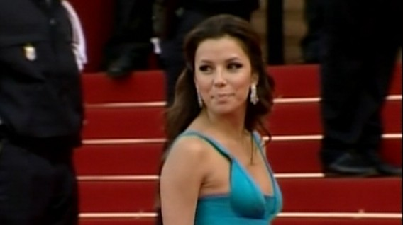 Video: Eva Longoria files for divorce.