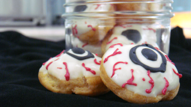 photo pictured are eyeball cookies for the gma spot dessert bars - Halloween Scary Desserts