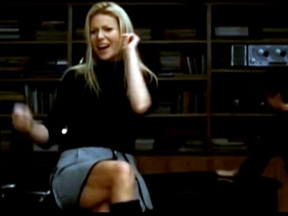 Video: Gwyneth Paltrow guest stars on Glee.
