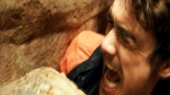 Video: Reviewers faint after watching 127 Hours.