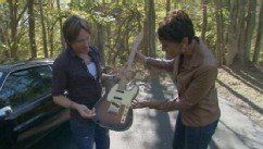 VIDEO: Urban tells Robin Roberts about the guitar thats been with him since the start.