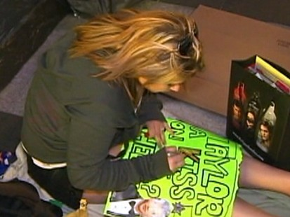 Video: Twilight fans camp out for Twilight premiere.