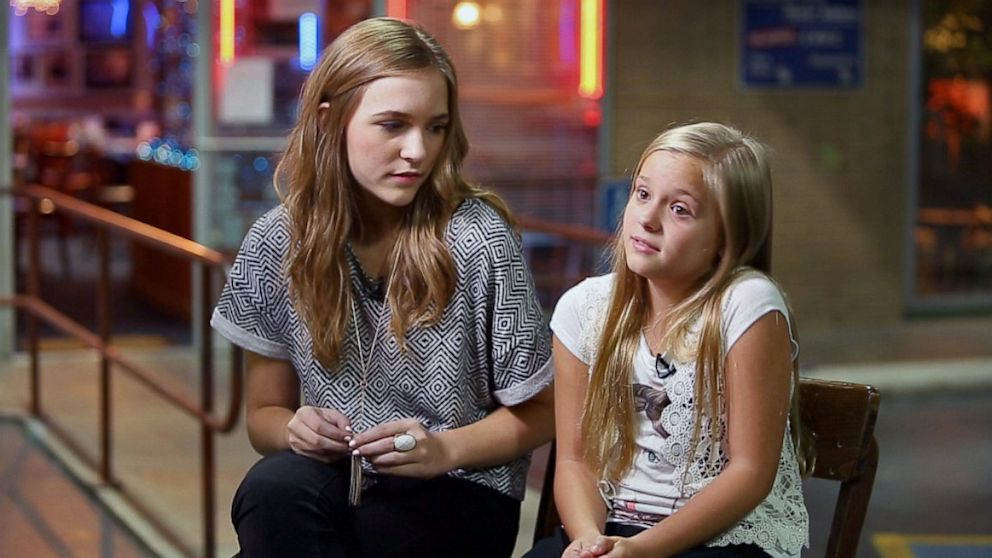 PHOTO: Lennon and Maisy Stella