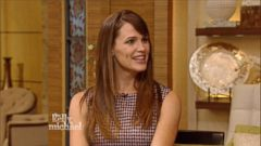 VIDEO: Jennifer Garner says her husband put on 30 pounds of muscle to play Batman.