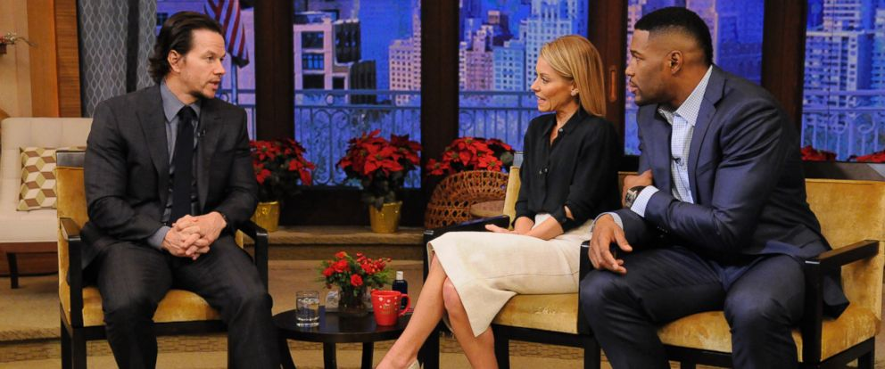 PHOTO: Mark Wahlberg appears on Live! With Kelly and Michael, Dec. 12, 2014.