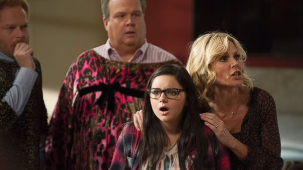 abc modern family kb 141211 16x9 608 The Walking Dead Still Dead to 2015 Golden Globes: 7 Snubs and Surprises