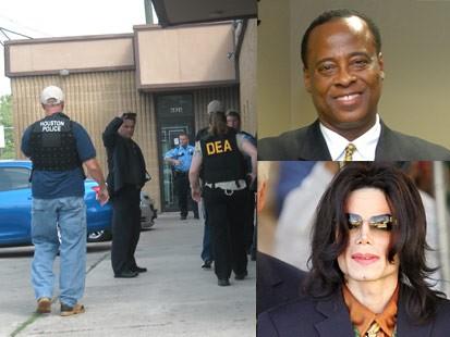 Video: Dr. Murrays Texas office raided.
