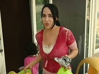 Octomom Asks Fans for Money