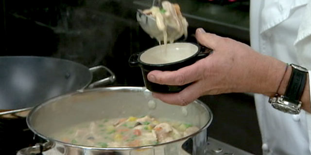 Oscars dish wolfgang puck 39 s savory chicken pot pie for Wolfgang puck pie maker recipes