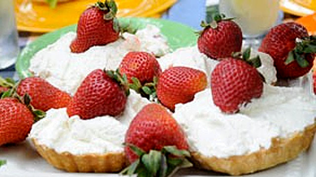 PHOTO: Emeril's Fresh Strawberry Pie is shown.