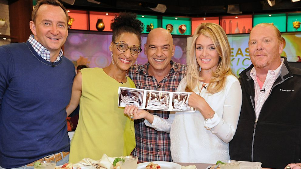 The Chew Cast the chew' host daphne oz is pregnant - abc news